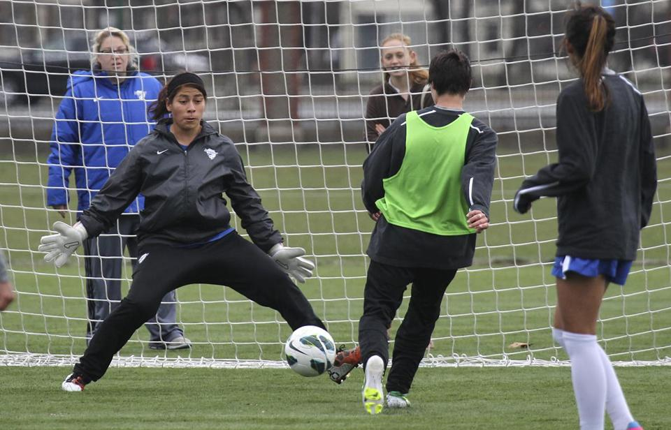 Goalie Cecilia Santiago during Boston Breakers practice Thursday.