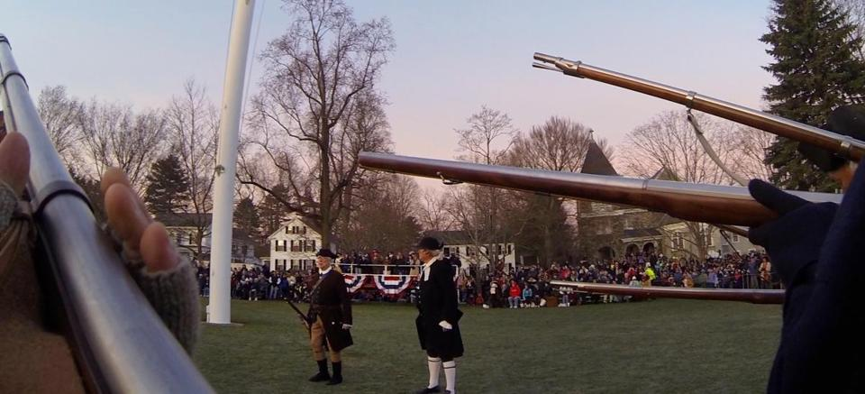 Those reenacting the start of the American War for Independence took up their positions on Battle Green on Monday.