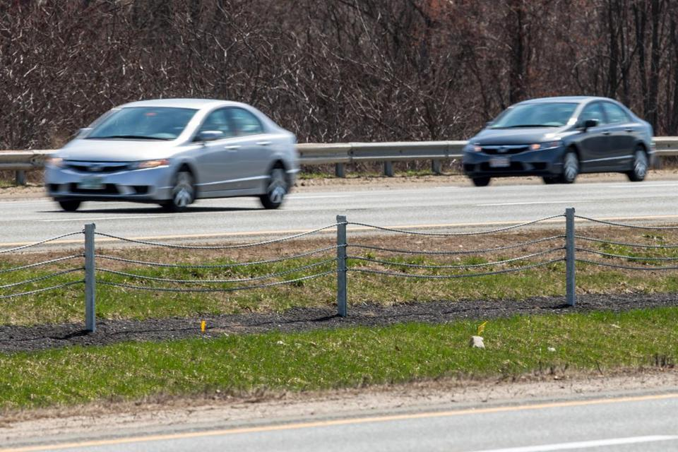 A wire fence was constructed recently along Interstate 95 just south of exit 52.