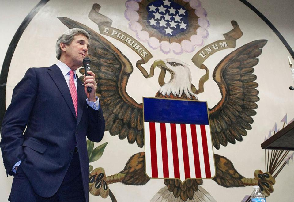 Secretary of State John Kerry delivered a speech to US foreign service workers at the US Embassy in Tokyo Monday.
