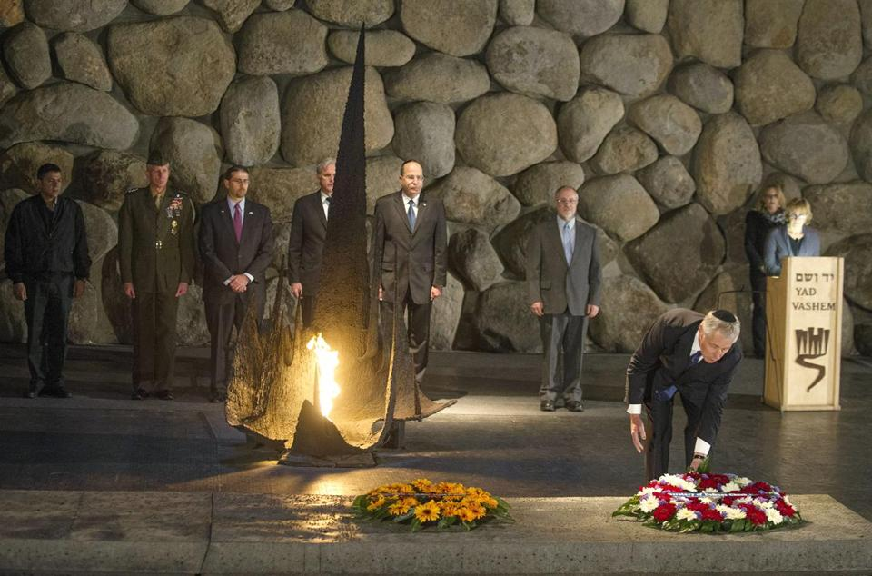 Defense Secretary Chuck Hagel laid a wreath in the Hall of Remembrance in a Yad Vashem tour in Jerusalem on Sunday.