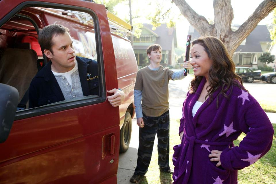 "From left: Kyle Bornheimer, Johnny Pemberton, and Leah Remini in ""Family Tools."""