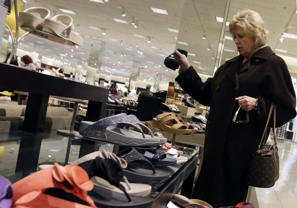Consumers spent 3.2 percent more on an annual basis in the January-March quarter than in the previous quarter, the biggest jump in two years, the government says.