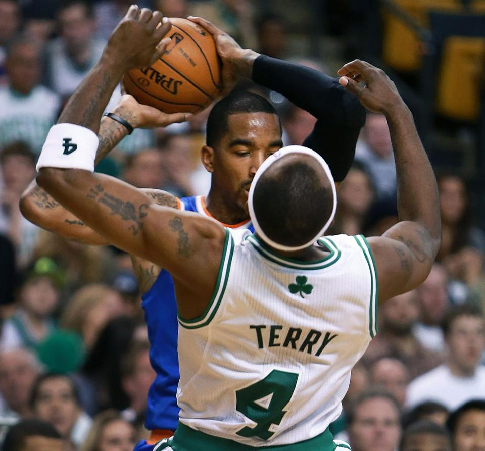 Jason Terry hit the floot after being elbowed by J.R. Smith in the fourth quarter of the Knicks' Game 3 win.