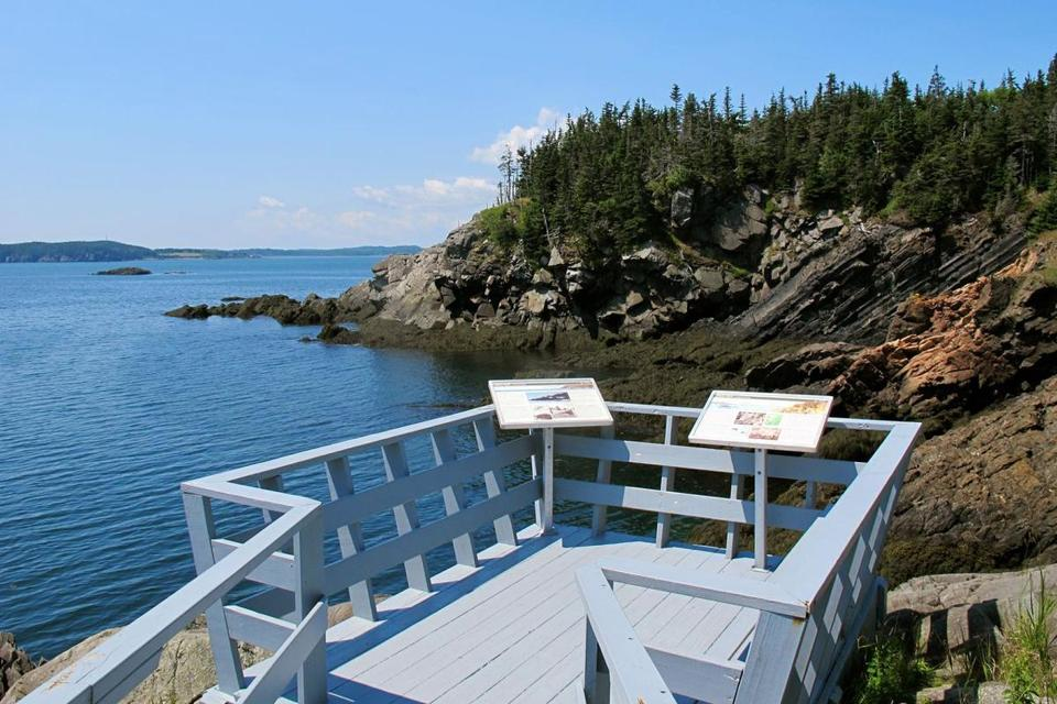 An observation deck at Roosevelt Campobello International Park.