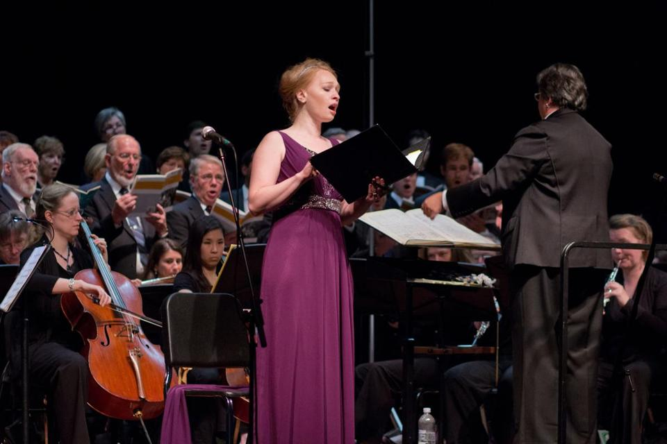 Soloist Ruth Hartt performed with the Choral Art Society at a recent concert.