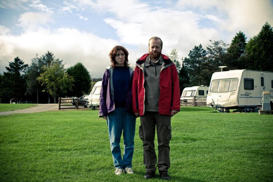"Tina and Chris (Alice Lowe and Steve Oram, who co-wrote ""Sightseers"" with Amy Jump) go on vacation and discover they share a taste for homicide."
