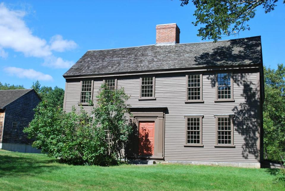 The Jacob Whittemore House was built around 1717 and is the only Lexington structure in Minuteman National Historical Park that remains from the time of the Revolutionary War.