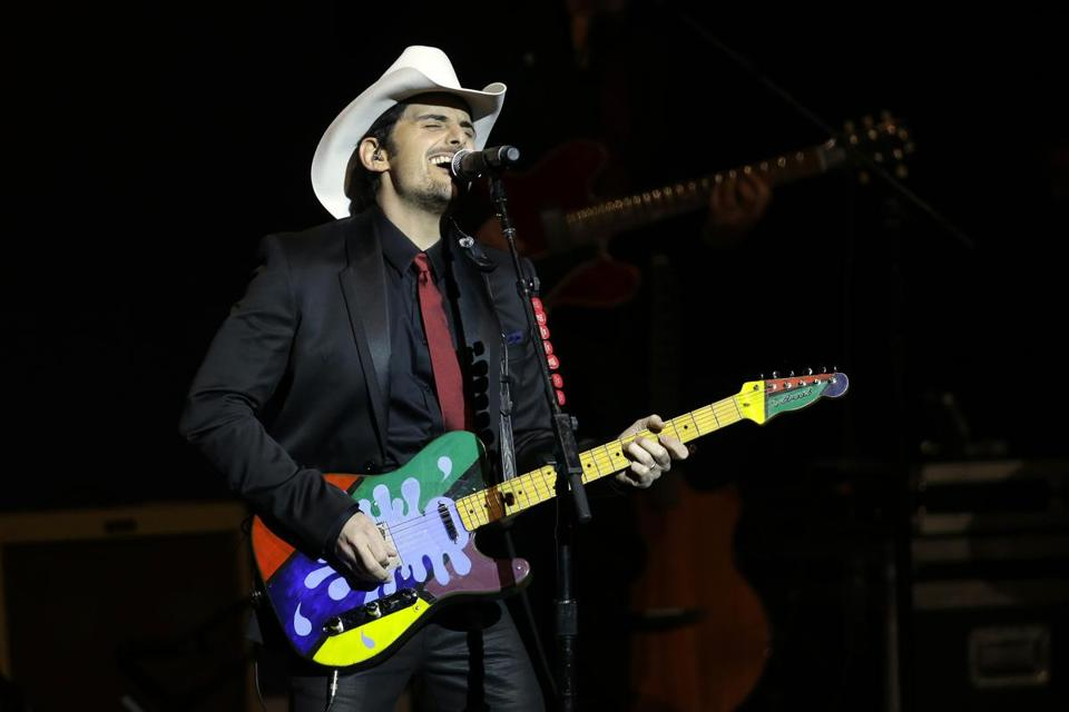 Brad Paisley was at the Comcast Center on Friday.