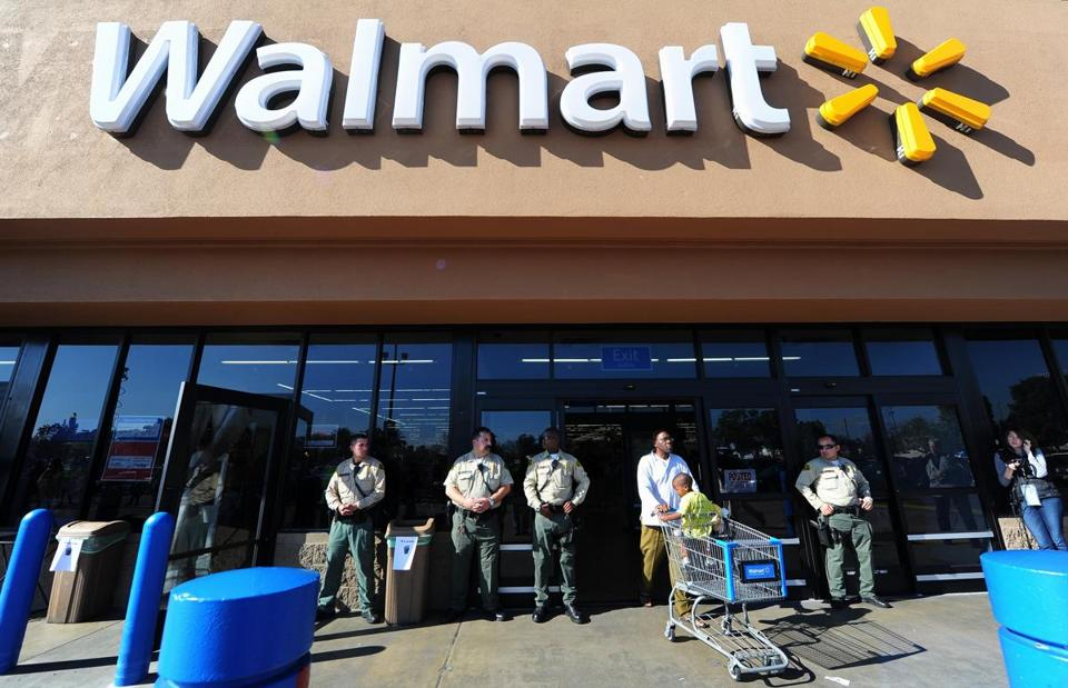 Walmart posted quarterly earnings of $1.14 per share.