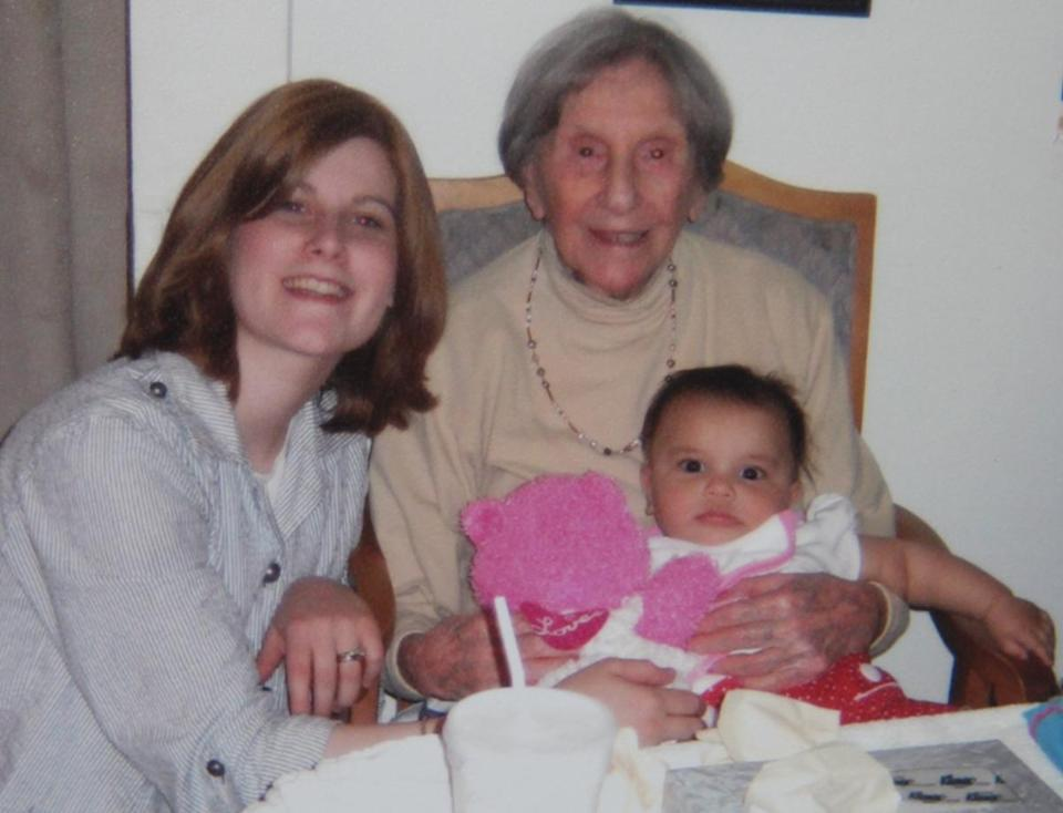 Ms. Kozak posed with her granddaughter Sarah Polon and great-granddaughter Yocheved Polon in 2010.