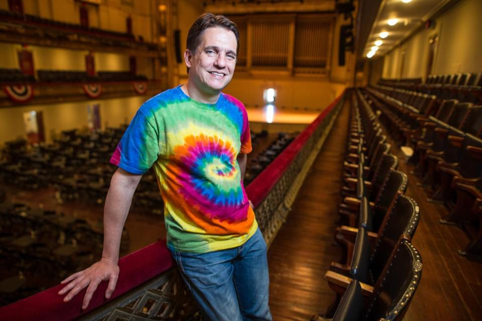 Boston Pops conductor Keith Lockhart gets into the spirit of the Jerry Garcia symphonic shows by sporting a tie-dye T-shirt at Symphony Hall.