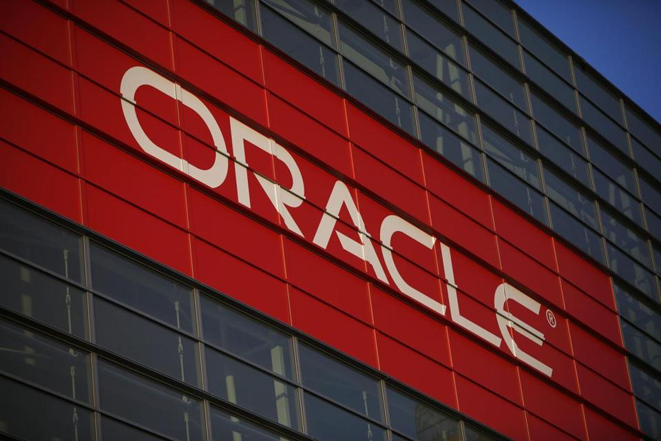 Analysts say Oracle is being hurt by rivals selling software as a service.