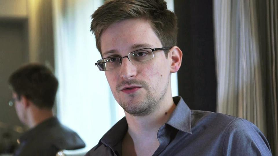 Edward Snowden can fight extradition in Hong Kong's court system.