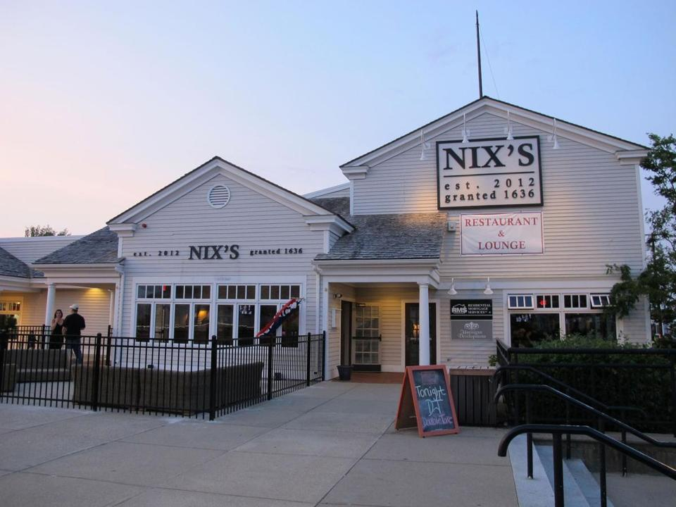 "Nix's Plymouth, the latest restaurant to open in a harborfront space, features lobster ""knuckle sandwiches"" and sea scallops with English pea risotto among its distinctive seafood offerings."
