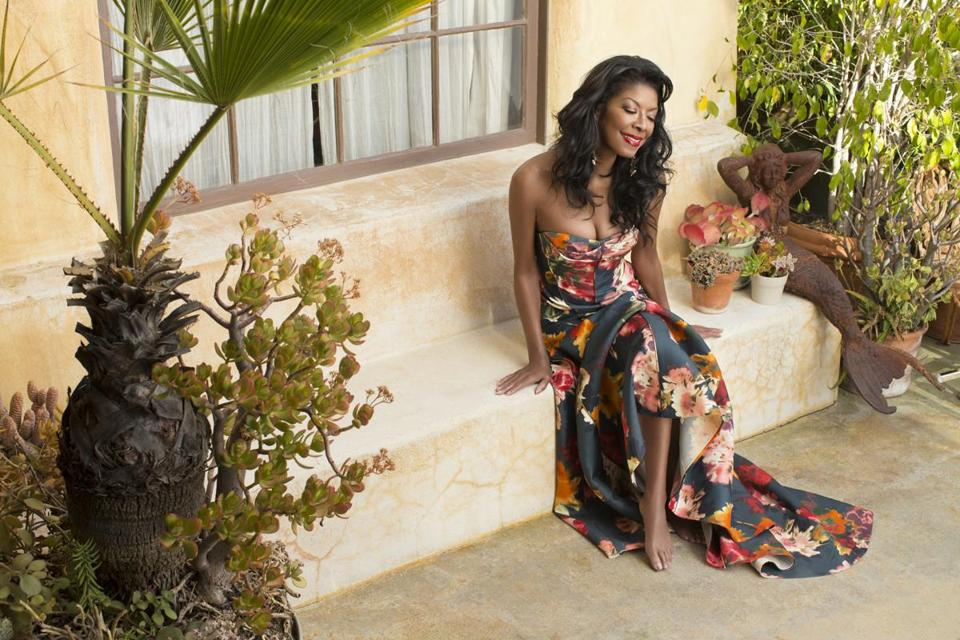 Natalie Cole will help kick off the Newport Jazz Festival on Aug. 2.