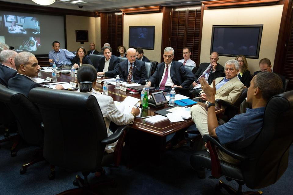 President Obama met with his national security team in the Situation Room of the White House for briefings on their calls to Egyptian leaders and other partners in the region.