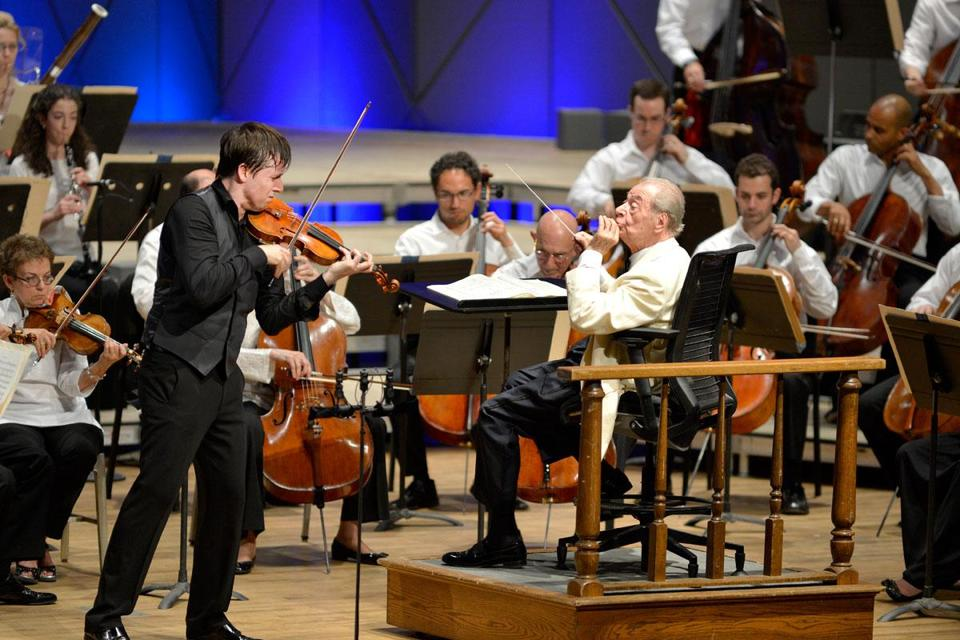 Violinist Joshua Bell performs with the BSO under the direction of Rafael Frühbeck de Burgos on Friday at Tanglewood.