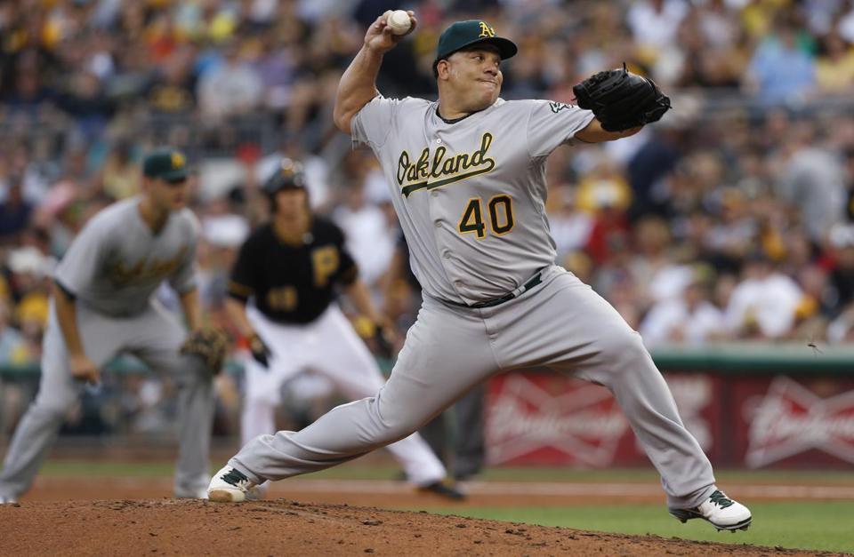 Bartolo Colon outdueled Pittsburgh's Jeff Locke to pick up his ninth win in 10 games.