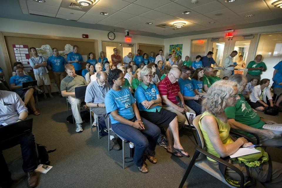 A meeting  to discuss school overcrowding in Brookline drew a large turnout last month.