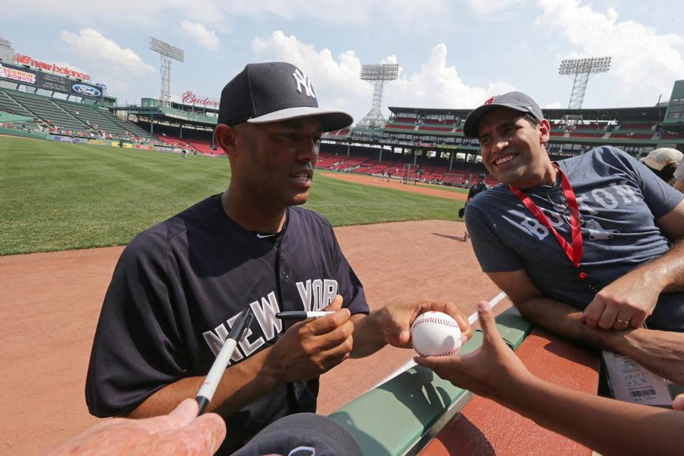 Mariano Rivera, retiring after 19 years, met with a special group of people in a luxury suite then took time to talk to fans and sign autographs.
