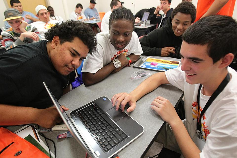 Kevin Velasquez (left), Manley Paul, Jeffrey Stephens, and Andrew McCall learned animation.