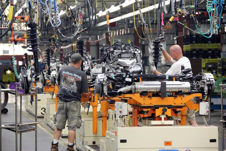 The output of motor vehicles and parts fell 1.7 percent in July, according to the Fed report.