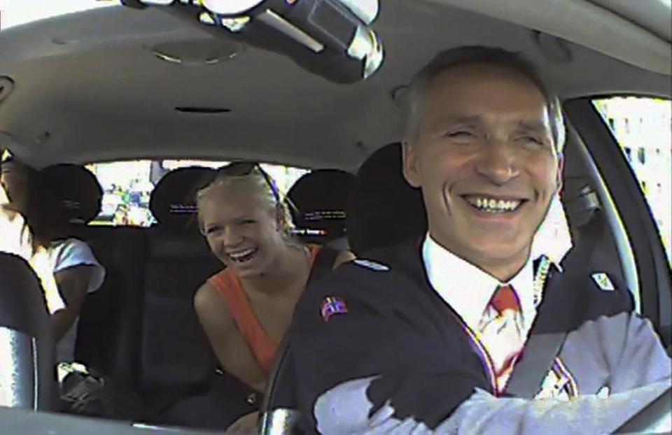 Norwegian Prime Minister Jens Stoltenberg drove a taxi in Oslo with a surprised passenger.