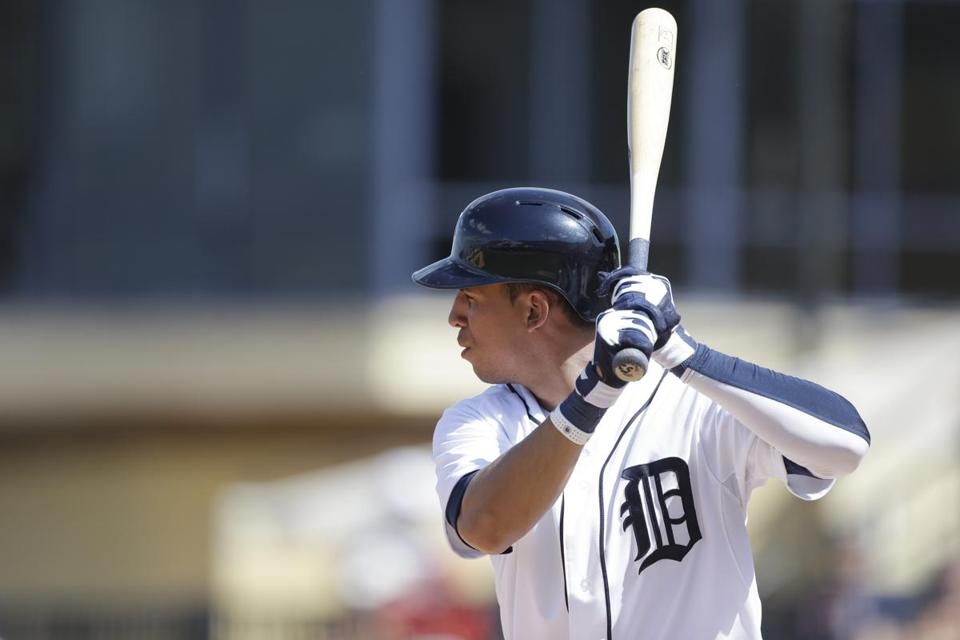 Quintin Berry bats during spring training with the Tigers this year. (AP Photo/Carlos Osorio)