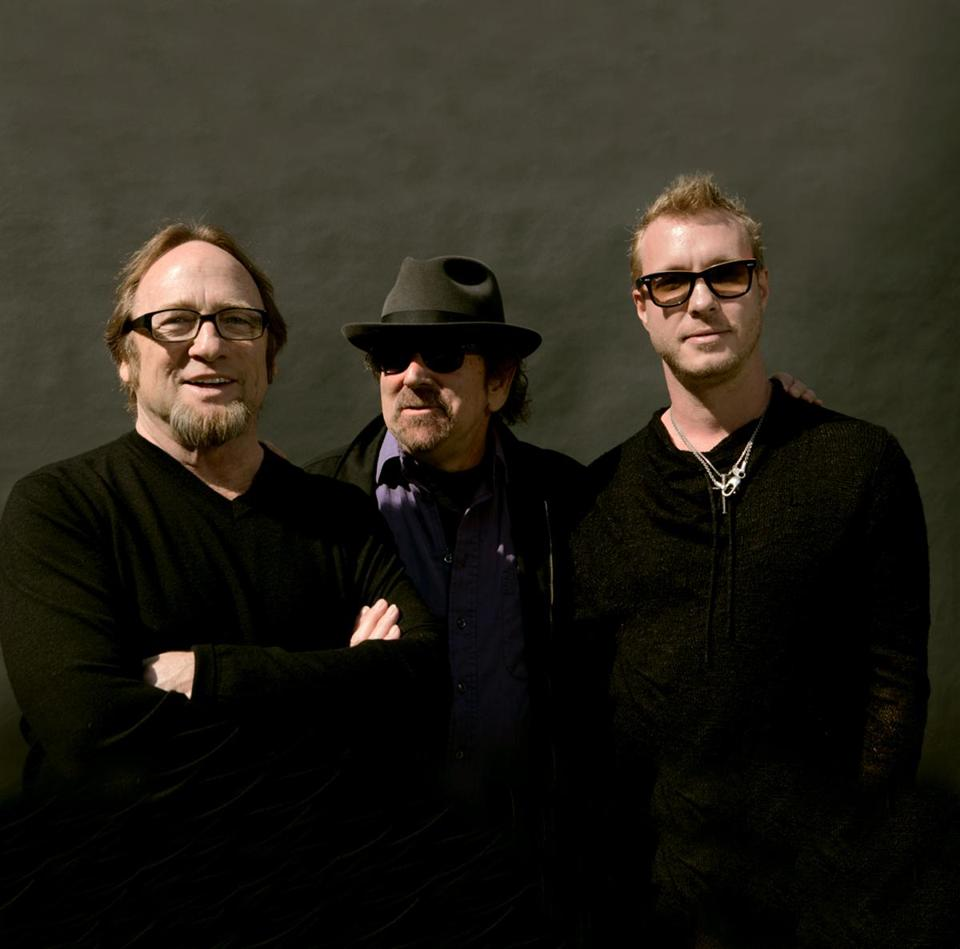 Stephen Stills (left) with Barry Goldberg and Kenny Wayne Shepherd (right).
