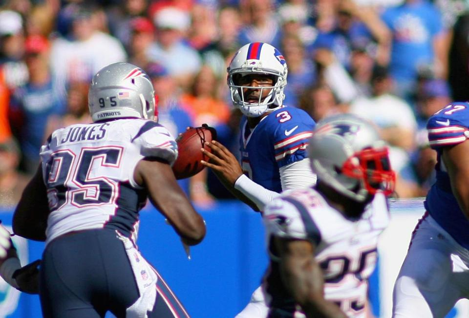 EJ Manuel nearly led the Bills to a win over the Patriots in his debut.