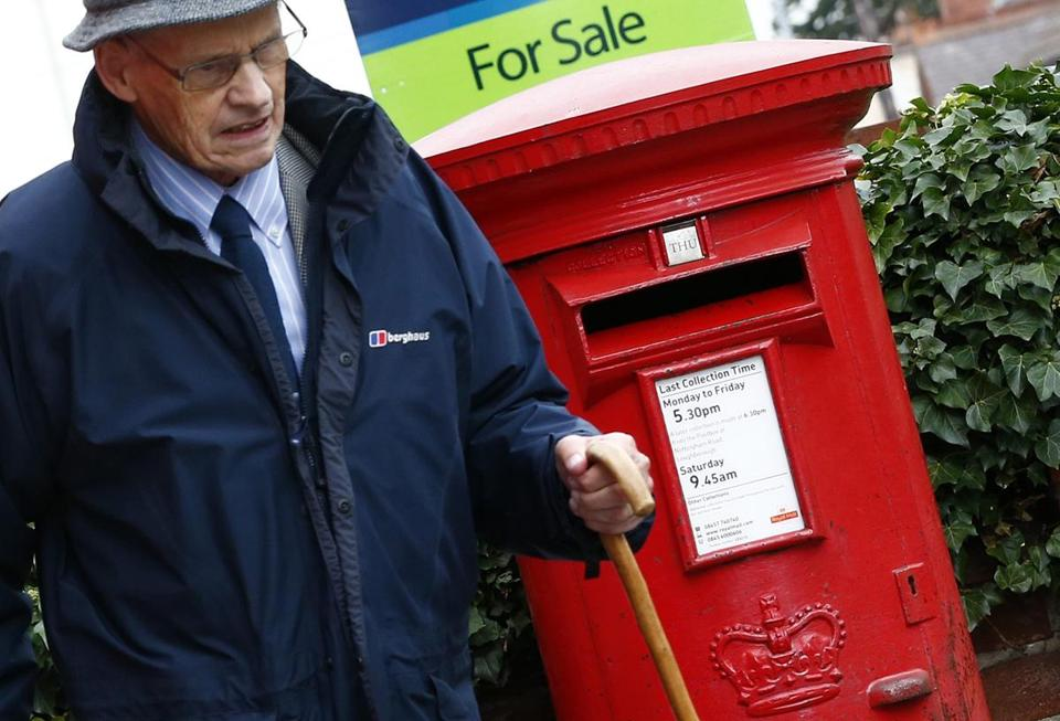 British plans to privatize the 500-year-old Royal Mail have angered some politicians and concerned union members.
