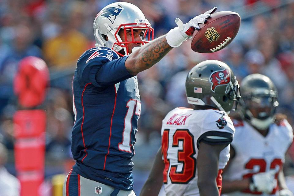 Aaron Dobson caught seven of 10 passes thrown his way Sunday to lead the Patriots with 52 receiving yards.