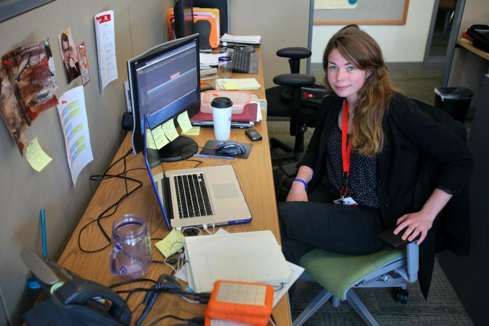 Ellen Daoust works as a multimedia developer for a Museum of Science  outreach program.