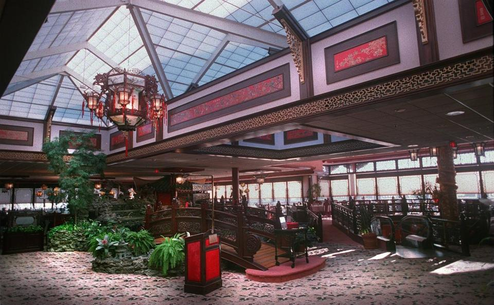 The interior of Weylu's Restaurant in Saugus encompassed three stories, and was lavishly decorated in a motif intended to recall a Chinese palace.