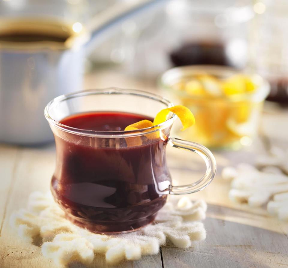 Gluhwein (German- and Austrian-Style Mulled Wine)