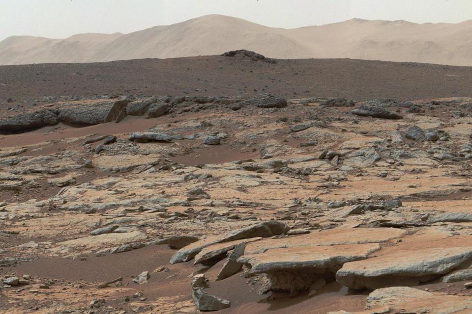 Images taken from the Curiosity rover show a series of sedimentary deposits in an area of the Gale Crater.