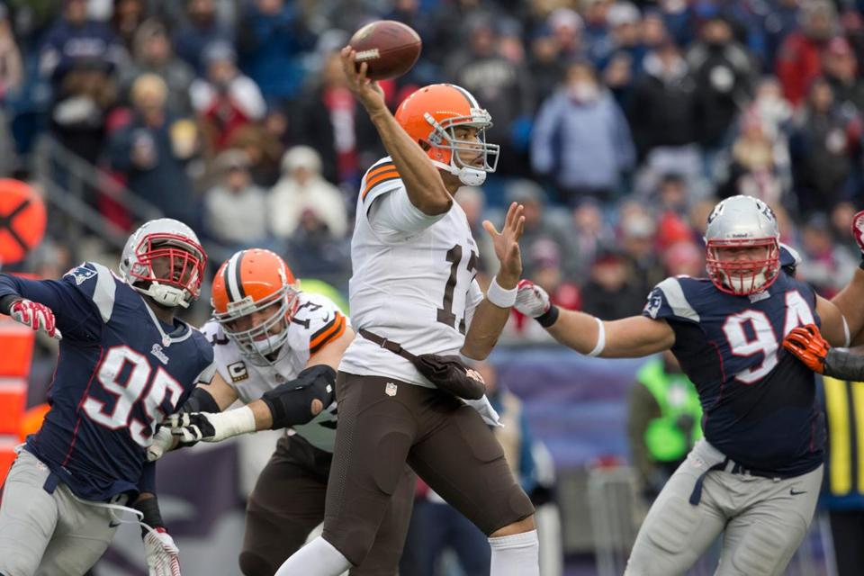Journeyman Jason Campbell lit the Patriots up for 494 total yards (386 in the air).