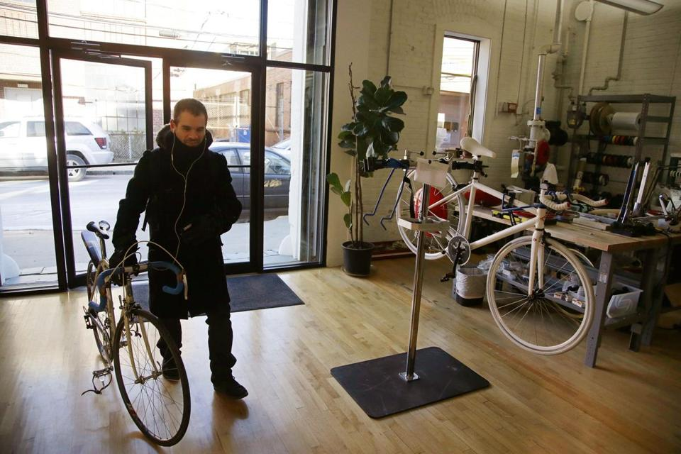 Superpedestrian chief executive Assaf Biderman said his company will use its new investment money to begin building electric bikes for services than rent bikes.