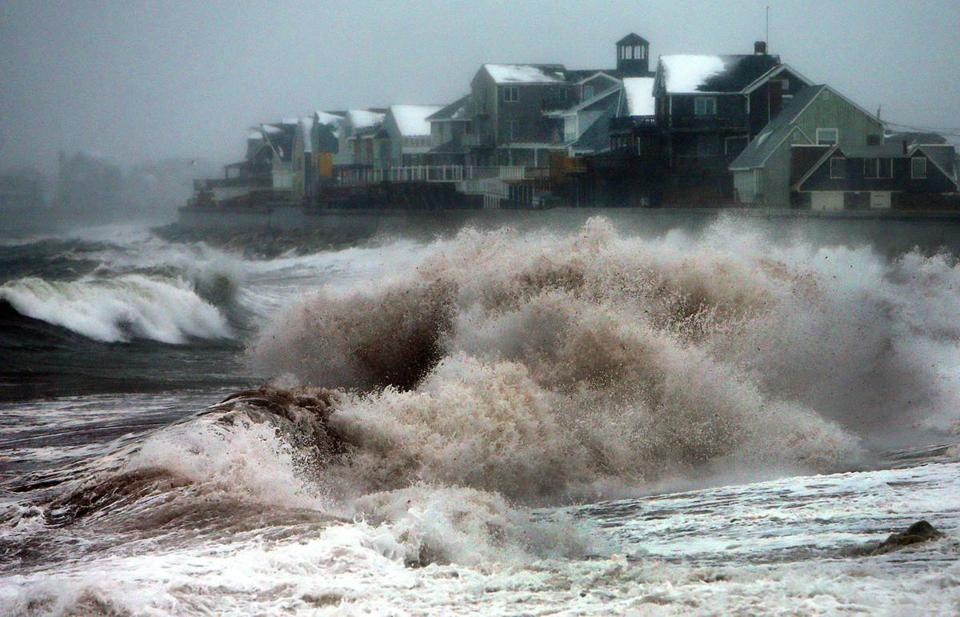 Winds Tide Freezing Temperatures Mark First Storm Of 2014 The