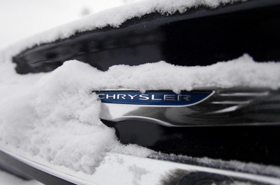 Chrysler, part of the automaker Fiat, said it sold 161,000 vehicles in December, a 6 percent increase from a year ago.