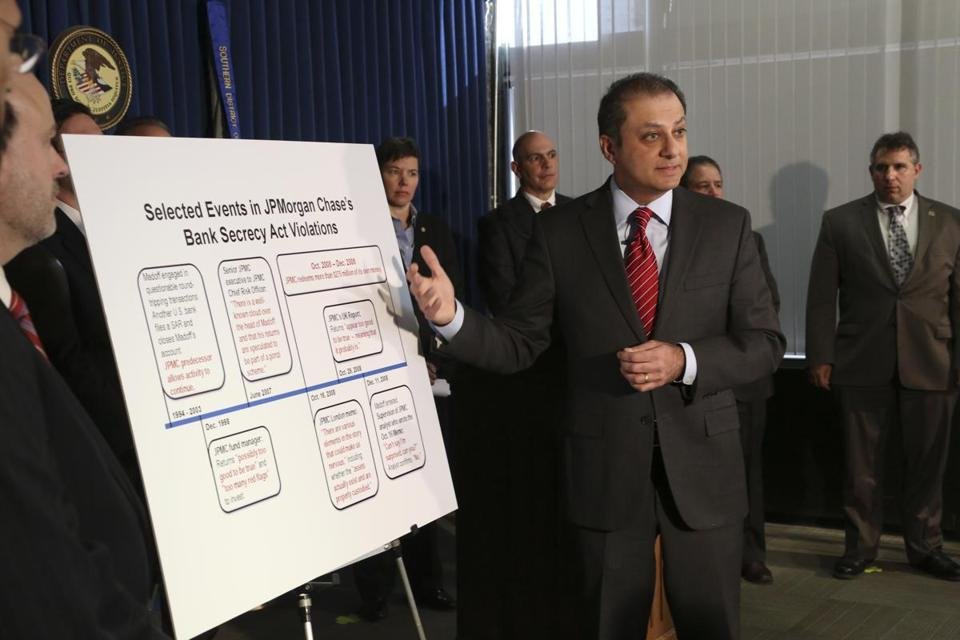 Preet Bharara, US attorney for the Southern District of New York, outlined the government's agreement with JPMorgan Chase to settle a criminal investigation.