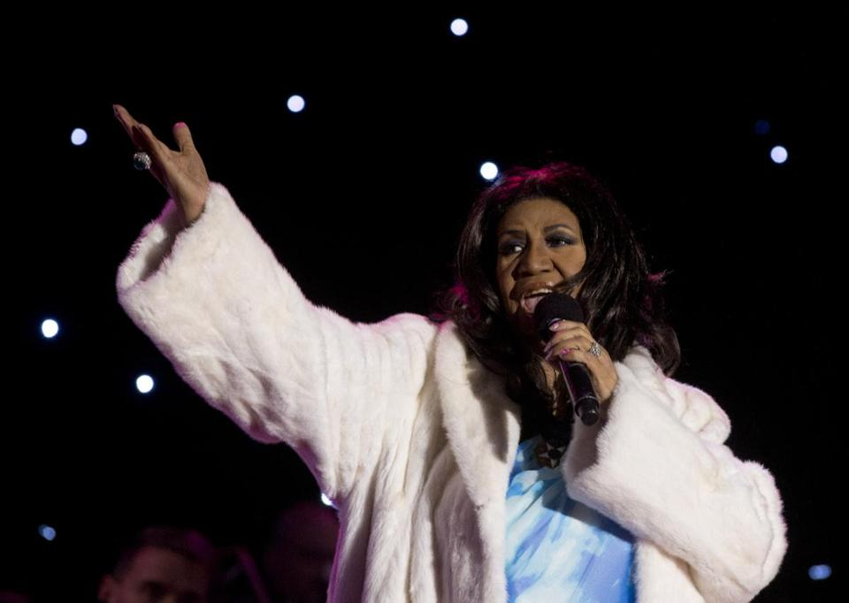 Aretha Franklin looking quite regal at the 2013 National Christmas Tree Lighting.