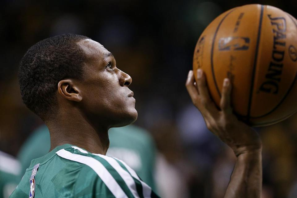 Rajon Rondo is set to play for the first time this season.