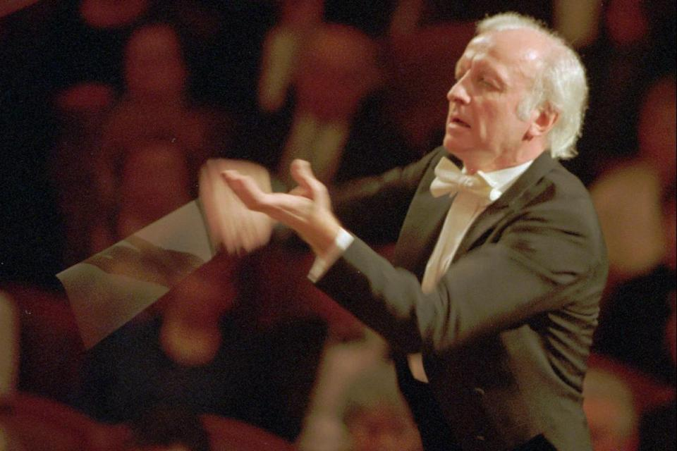 Gerd Albrecht led the Czech Philharmonic in Prague.