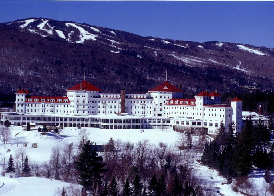 The Omni Mount Washington Resort With Bretton Woods Ski Area In Background