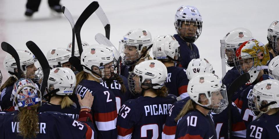 US players celebrated after beating Switzerland.