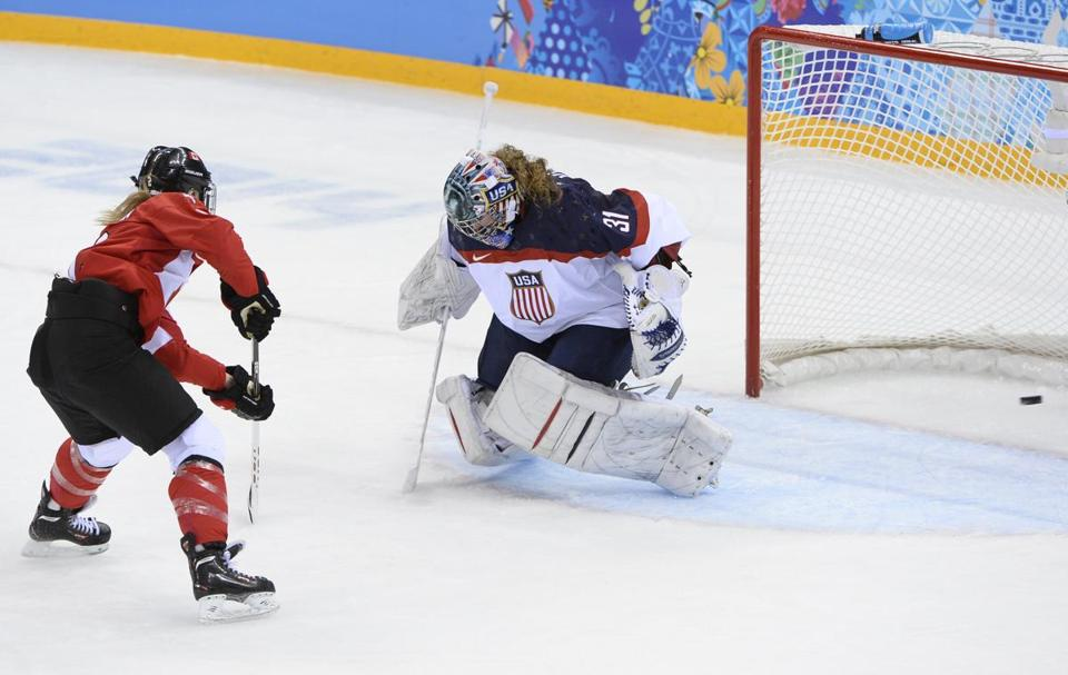 Canada's Meghan Agosta-Marciano dropped a goal past US goalkeeper Jessie Vetter during Wednesday's game.