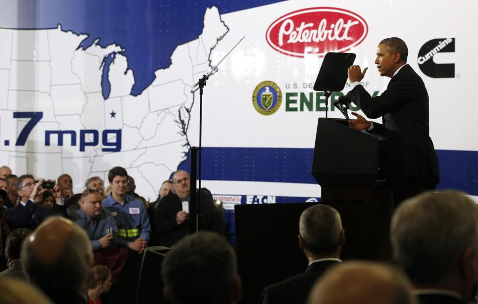 President Obama highlighted fuel standard goals during a visit Tuesday to a Safeway distribution center in Maryland.