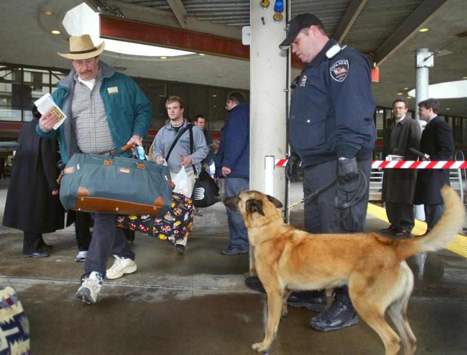 A bomb-sniffing Belgian Malinois at South Station in 2004.